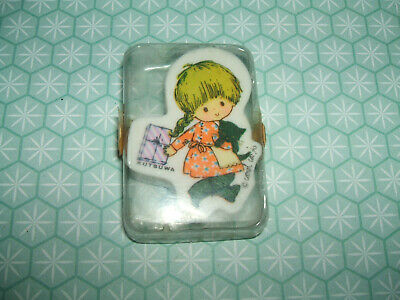 Rare Vintage 1970s Kutsuwa St Carol Cute Girl with Cat eraser rubber gomme