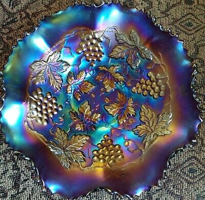 """Northwood """"Grape and Cable"""" Carnival Glass Bowl Amethyst ca 1910 8 3/4"""""""