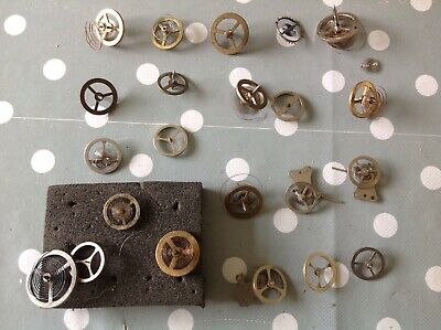 ANTIQUE CLOCK PARTS BALANCE WHEELS HAIRSPRINGS OVER 20 CLOCKMAKERS SPARES ref112