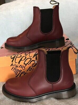 DR MARTENS 2976 Leather Chelsea Boots Size 4 Cherry Red