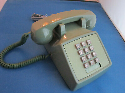 Western Electric 2500Dm-61 Green Touchtone Desk Telephone
