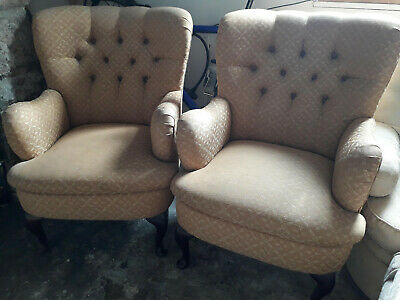 Pair of Deep Buttoned Armchairs Reupholstery Project