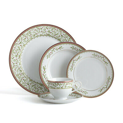 Mikasa Holiday Traditions 20 Piece Dinnerware Set with Tea Cups