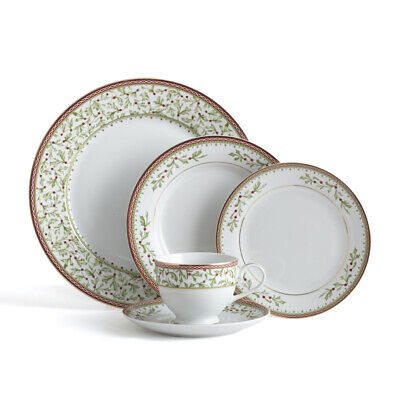 Mikasa Holiday Traditions 40 Piece Dinnerware Set with Tea Cups