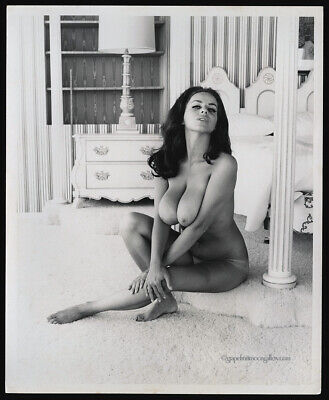1960s Bunny Yeager Pin-Up Original Men's Magazine Photograph Ruth Anderson Nude