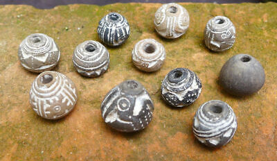 11 Nice pottery beads or spindles with a pelican bird decor, Ecuador Manteno Cul