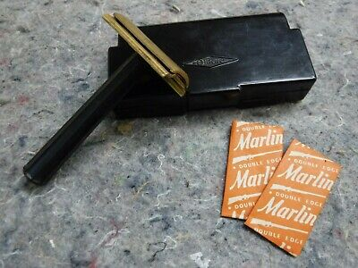 Vintage 1940's Gillette Black Handle Tech 3 Piece DE Safety Razor W/ Blades/Case