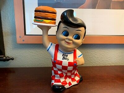 VINTAGE Bobs Big Boy Coin Piggy Bank 2010 Restaurant Memorabilia 8 Inch RARE Wow