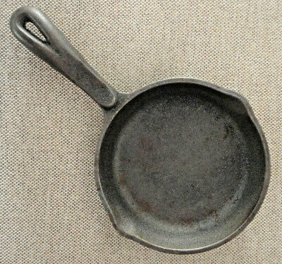 Wagner 1891 Original Cast Iron Skillet 6 1/2 6.5 Inch Frying Pan Made in USA