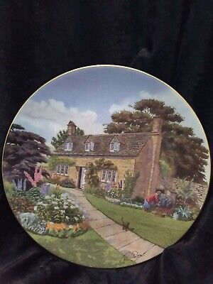 Royal Doulton Cottages Through Britain Cotswold Cottage Display Plate
