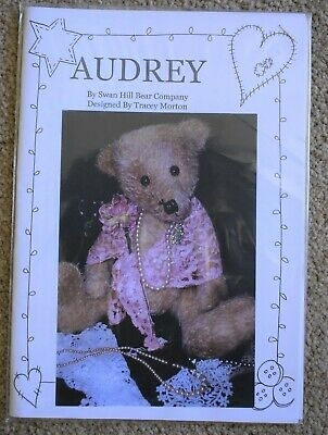 2 Teddy Bear Patterns Audrey 40cm, Spencer 32cm by Swan Hill Bear Co.
