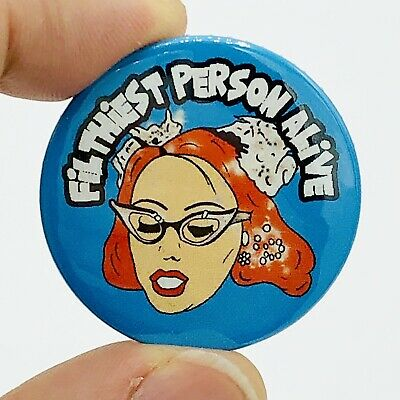 John Waters Mink Stole Pink Flamingos Divine Film 38mm Button Pin Badge