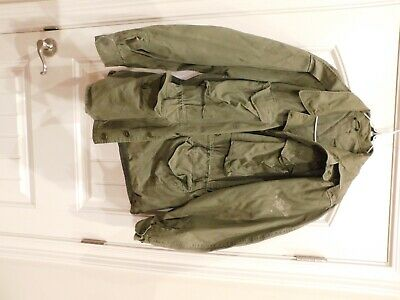 WWII US Army M 1943 Field Jacket Small Regular all Buttons Present faded stamped
