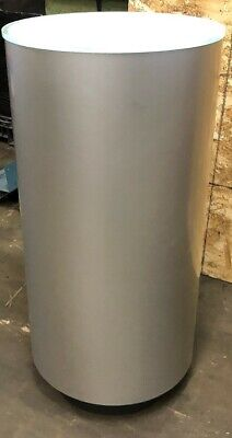 "19""Dia Trade Show Display Pedestals"