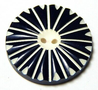 1930'S BLACK & WHITE CELLULOID WAFER BUTTON w/BEAUTIFULLY CARVED TOP