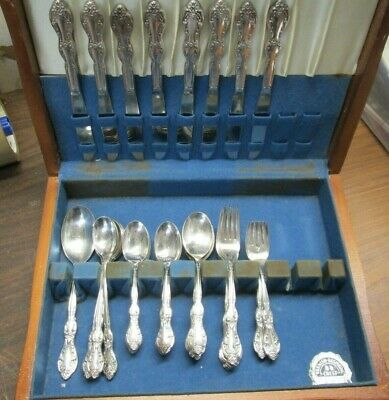 54pc WM Rogers 1964 BEVERLY MANOR Silverplate Set