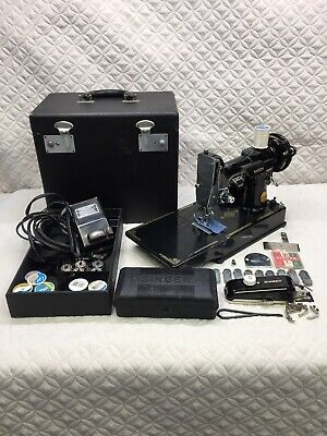 1948 Singer Featherweight Sewing Machine, Case & Accessories, Great Condition