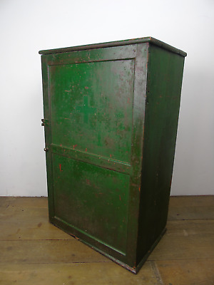 Vintage circa 1940s Green First Aid Cabinet Wall Cupboard Old