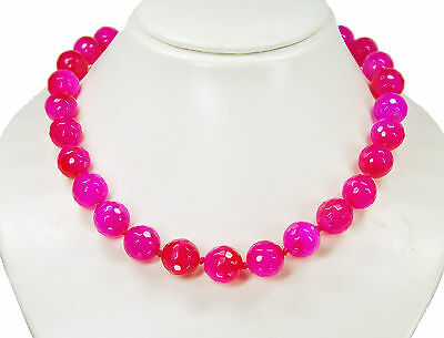 Very Beautiful Necklace in Agate-Stone in Facetted Ball Form Ø-0 9/16in Pink