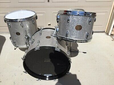 Gretsch Vintage Silver Sparkle Drum Set