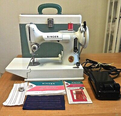 Vintage 1964 Portable Singer Featherweight Sewing Machine 221 White with Case Ex