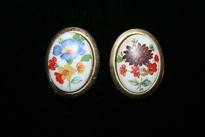 Lot 2 Vtg Gold Tone Oval Porcelain Hand Painted Colorful Floral Bunch Brooch Pin