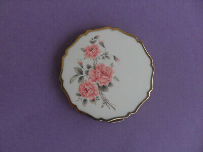 Retro Powder Compact--Pink Roses On Lid--By Stratton--England+++++