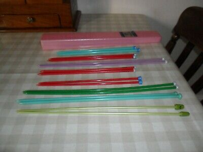 Vintage Twinco Plastic Knitting Needle Box &, 8 Pairs Of Vintage Plastic Needles