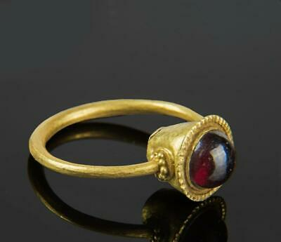 Roman Gold Ring with garnet: Circa 4th century AD.