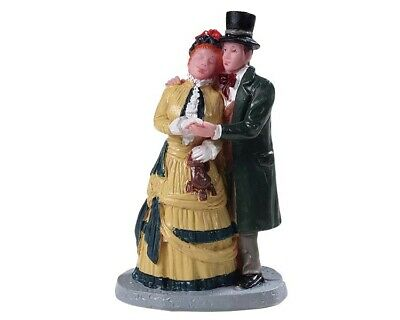 NEW 2019 LEMAX VILLAGES COLLECTION Dickens Couple #92772