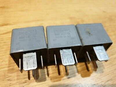 FORD FOMOCO GREY RELAY 4 PIN 8V5T14B192AA V23074A1201X92