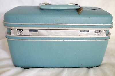 KEY VINTAGE SAMSONITE Silhouette Makeup Train Suitcase Luggage Carryon Teal Blue