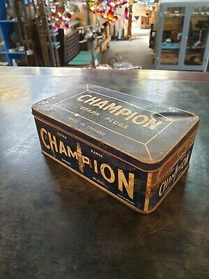CHAMPION Spark Plugs Large Size Mechanics Tin Vintage Garage Oil Collectable