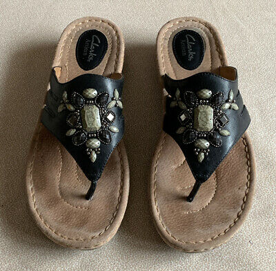 CLARKS ARTISAN 'LATIN Circle' Beaded Leather Thong Sandals