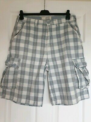 Great Condition Denim & Co Blue Check Shorts Size 32 Waist