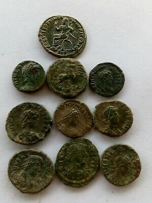 004.Lot of 10 Ancient Roman Bronze Coins,Divo Maximiano,Divo Constantino