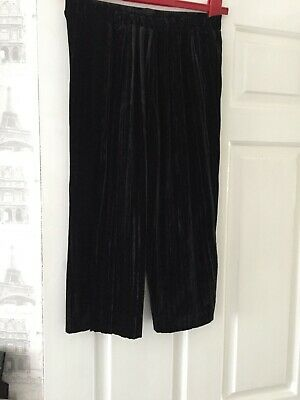 new without tags girls velvet style cropped flare trousers age 9 from new look