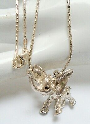 Fine quality vintage solid sterling silver elephant pendant + sterling chain