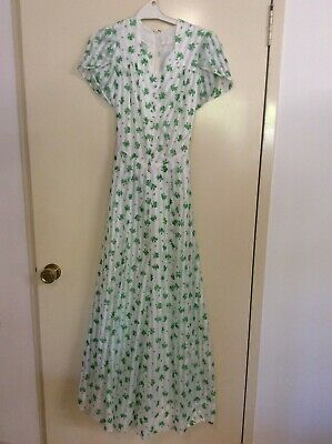 Original vintage 70s short sleeve maxi dress white with green flowers size 10