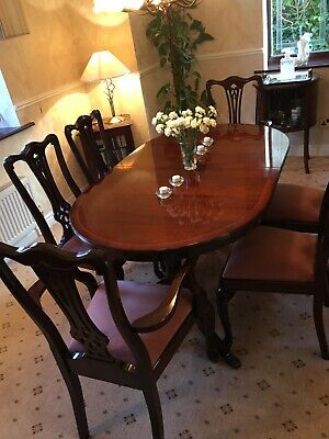 Mahogany Dining Table And 6 Chairs - Very Good Condition