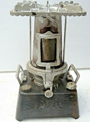 Antique Beatrice Cast iron Single wick England kerosene oil Stove Mica widow