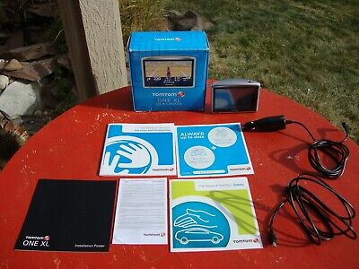 TomTom ONE XL   USA & CANADA   SPEAKING GPS CAR NAVIGATION SYSTEM IN BOX