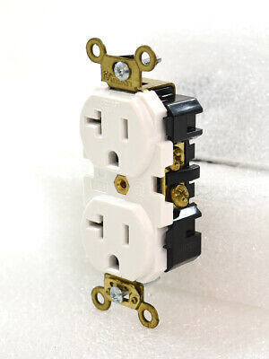 Leviton 5362-W Receptacle Outlet 1/pkg 20A-125V White