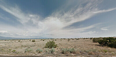 0.50 Acre Lot-Enjoy the Views of the Sandia Mountain range, and the city lights!
