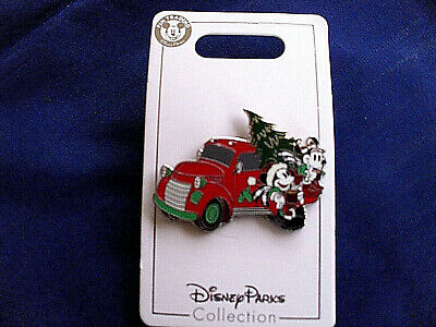 Disney * MICKEY & MINNIE - OLD TRUCK & CHRISTMAS TREE * New on Card Holiday Pin