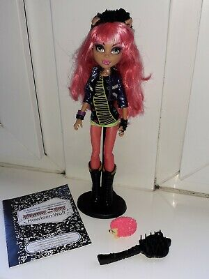 Howleen Wolf 13 Wishes Monster High Doll