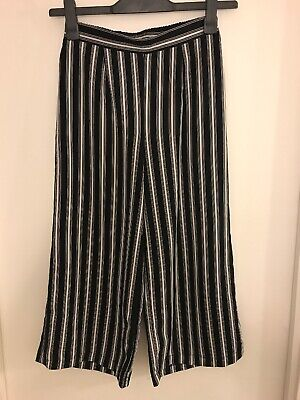 New Look Kids 915 Black And White Stripe Capri Trousers Size 12 - 13 Years
