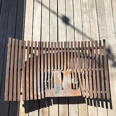 Cast Iron Fire Grate Or Fire Pit / Large