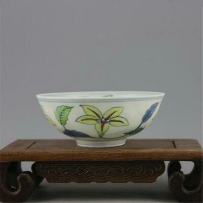 Chinese Ming chenghua marked old antique Porcelain doucai flower tea cup bowl