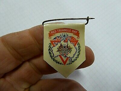 Ww11 Aif Australian Button Day Badge Red Triangle Day Patriotic Flags
